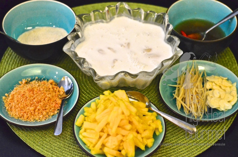 Noodles with Pineapple Coconut Milk and Fish Balls - Kanom Jeen Sao Nam by The High Heel Gourmet 2 (1)