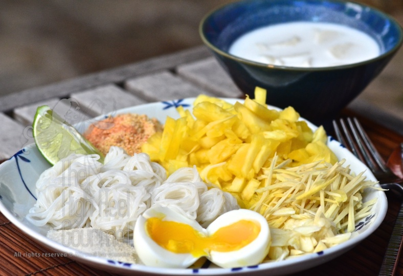 Noodles with Pineapple Coconut Milk and Fish Balls - Kanom Jeen Sao Nam by The High Heel Gourmet 3