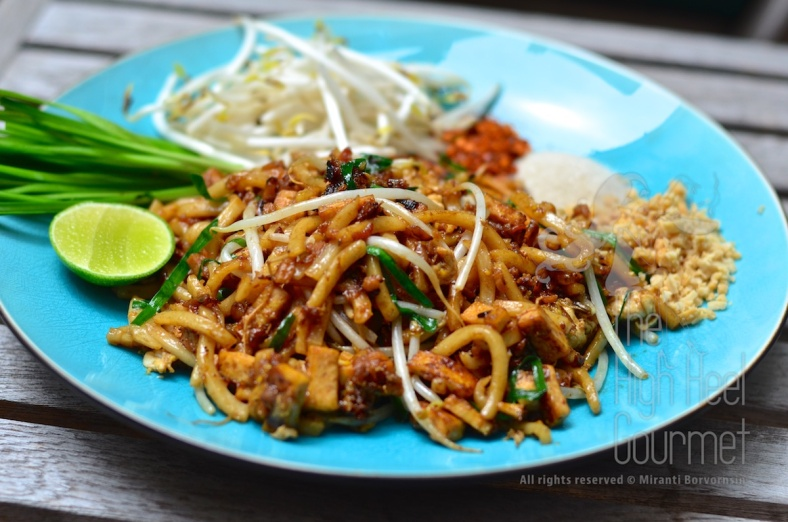 Pad Thai using udon noodles.