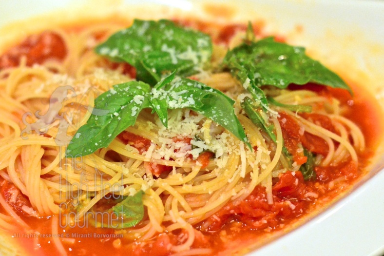 Pomodoro Sauce by The High Heel Gourmet 20