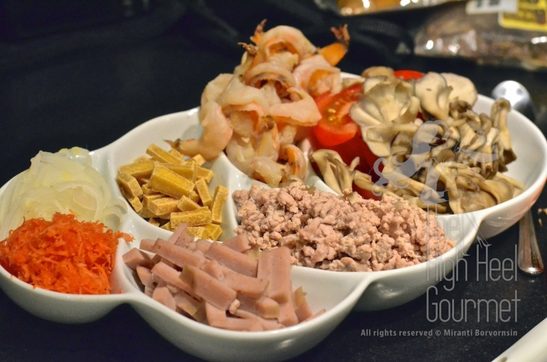 Thai Style Cellophane Noodles Salad - Yum Woon Sen by The High Heel Gourmet 3