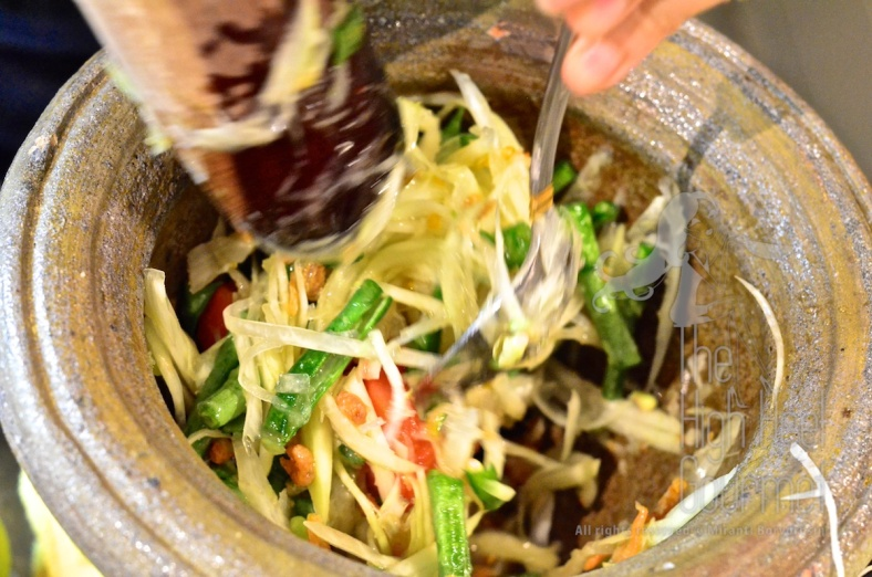 Thai Som Tam - Spicy Green Papaya Salad by The High Heel Gourmet 17