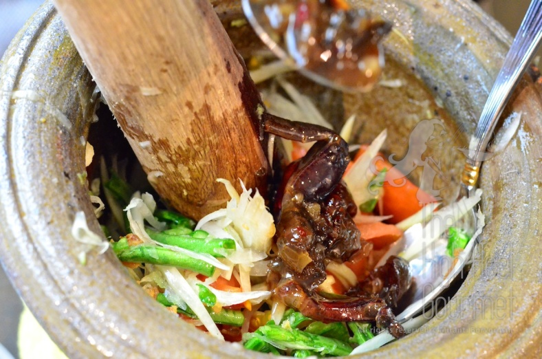 Thai Som Tam - Spicy Green Papaya Salad by The High Heel Gourmet 19