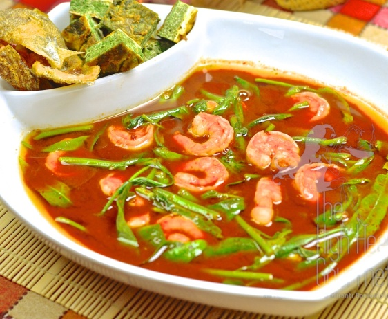 Authentic Thai Sour Curry with Shrimp, Kaeng Som Goong – Thai Curry ...