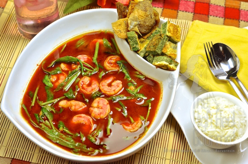 Thai Sour Curry - Kaeng Som by The High Heel Gourmet