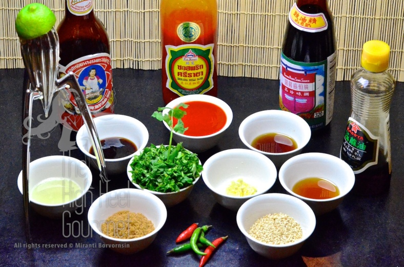 From left spider clockwise; Lime juice, Oyster sauce, Real Sriracha sauce or at least chili sauce made in Thailand, Light soy sauce, sesame oil, roasted white sesame seeds, bird eyes chili (I forgot to mention these. You can chopped them and mix them in the sauce or add them to your bowl if you like it HOT...), sugar, Chopped cilantro, chopped garlic.