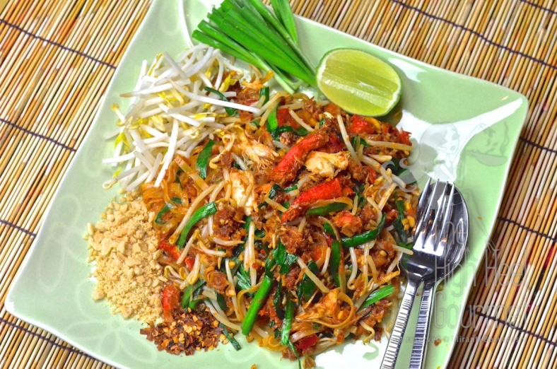 Easy Crab Pad Thai - Sen Chan Pad Pu by The High Heel Gourmet 10