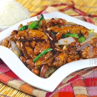 Thai Stir Fry Chicken with Cashew Nuts, Gai Pad Med Ma Muang