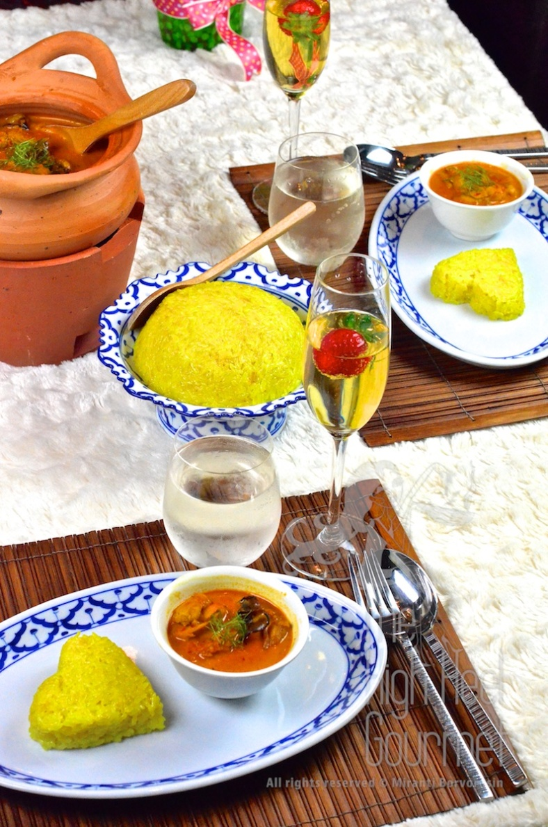Thai Yellow Sweet Sticky Rice - Gin Niaow Kaeng Gai by The High Heel Gourmet 5