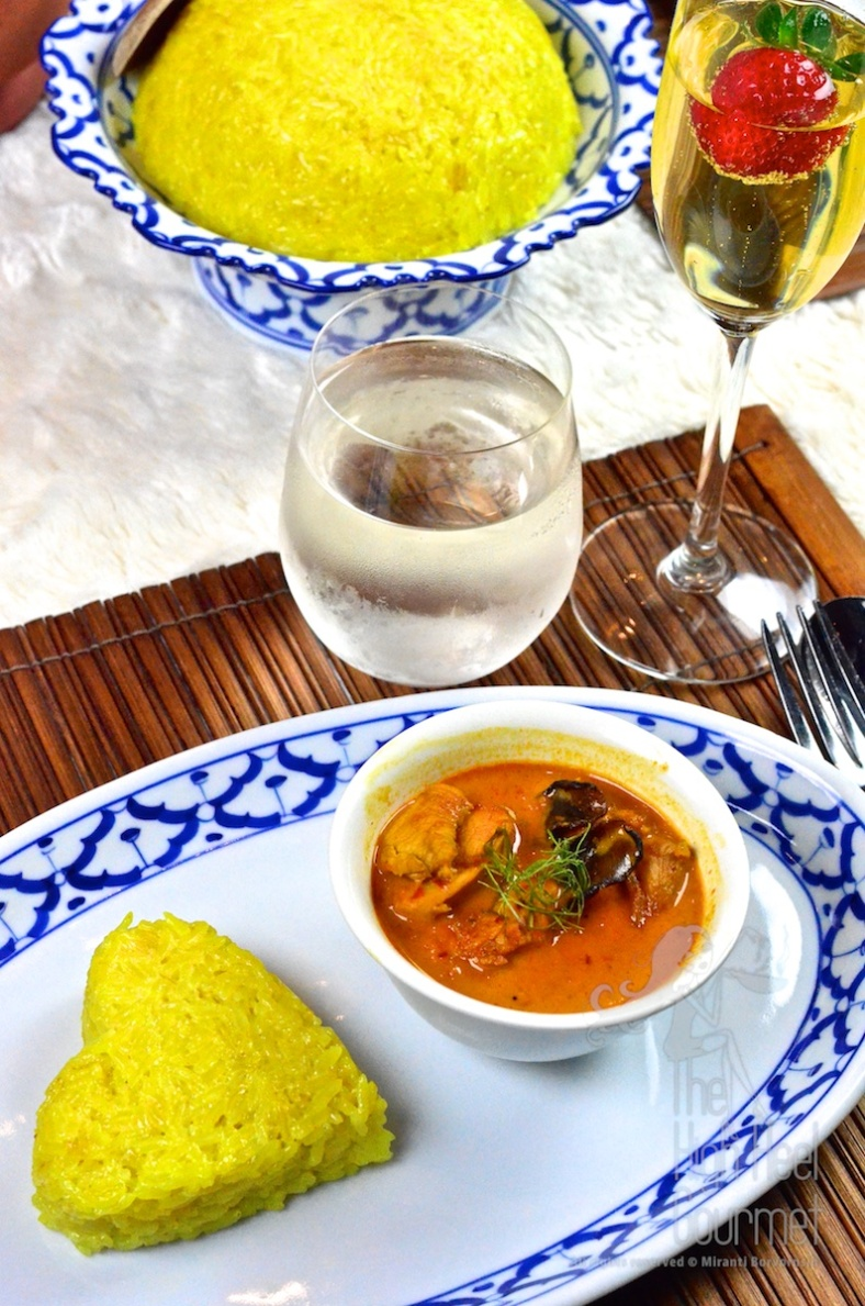 Thai Yellow Sweet Sticky Rice with Chicken Curry - Gin Niaow Kaeng Gai by The High Heel Gourmet