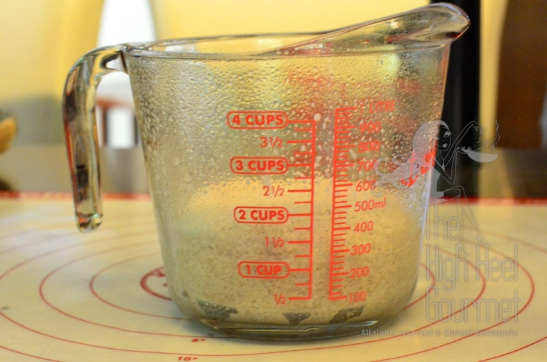 I use a measuring cup so I can see the volume very easily. I sprayed or brushed the surface with oil too.