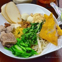Thai Pork Noodles, Guay Tiew Moo – Thai Noodles for the Beginner Episode III
