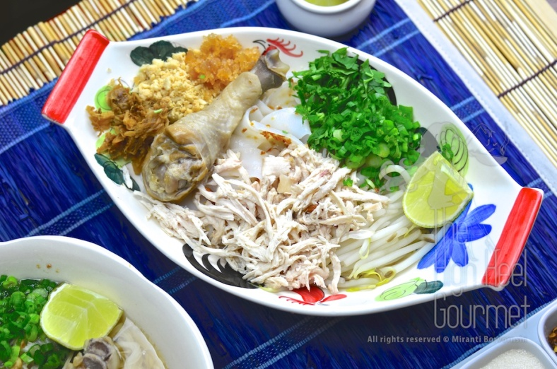 Thai Chicken Noodles Soup and Salad, Guay Tiew Gai by The High Heel Gourmet 3