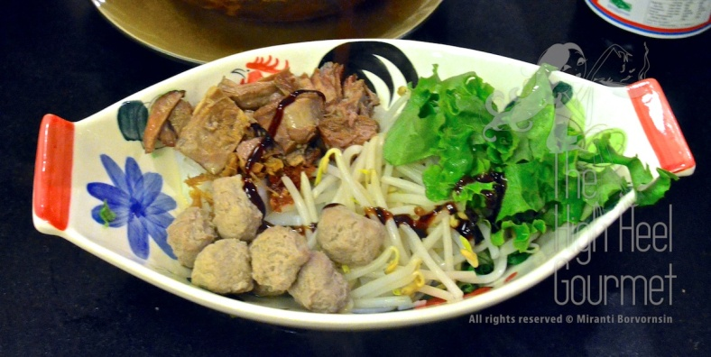 Guay Tiew Neau Toon - Authentic Thai Slow Cook Beef with Noodles by The High Heel Gourmet 8