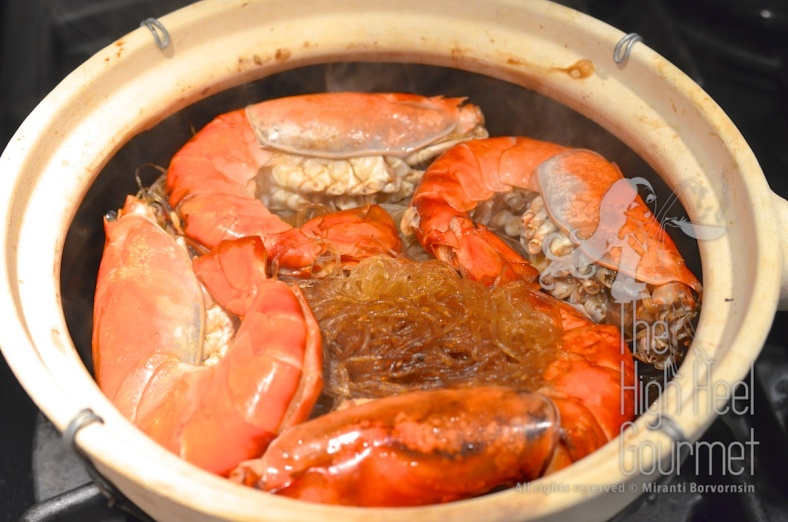 The shrimp-prawn baked in clay pot with glass noodles Goong Ob WoonSen 7