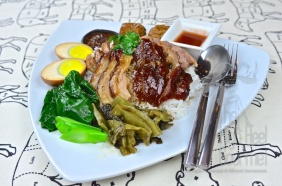Thai Style Pork Leg Stew with Five Spice - Khao Kha Moo by The High Heel Gourmet 9 (1)