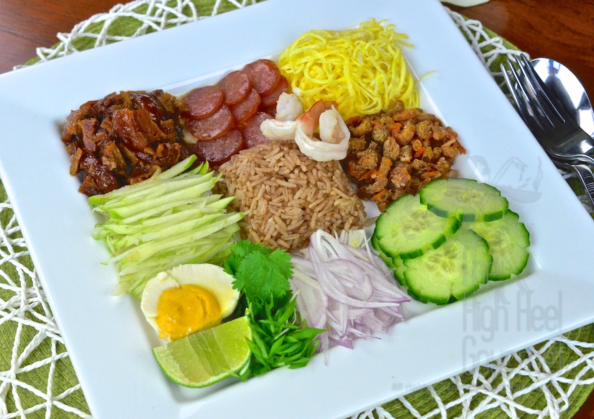 De constructed thai shrimp paste fried rice khao kluk kapi the thai shrimp paste fried rice khao kluk kapi by the high heel gourmet 3 ccuart Image collections