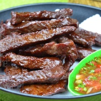 Thai Style Fried Sundried Beef Jerky, Neau Dad Deaw