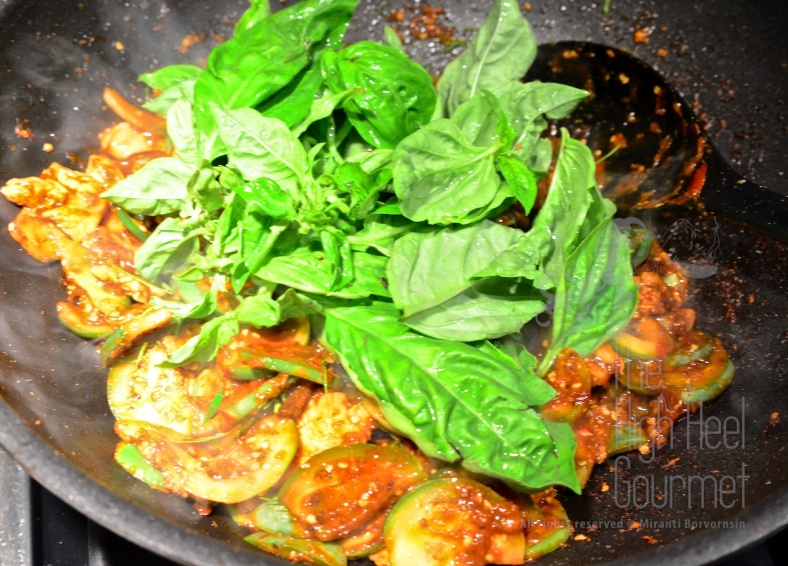 Thai style Chicken stir-fried with curry paste and Thai Eggplants - Pad Phed Gai by The High Heel Gourmet 7