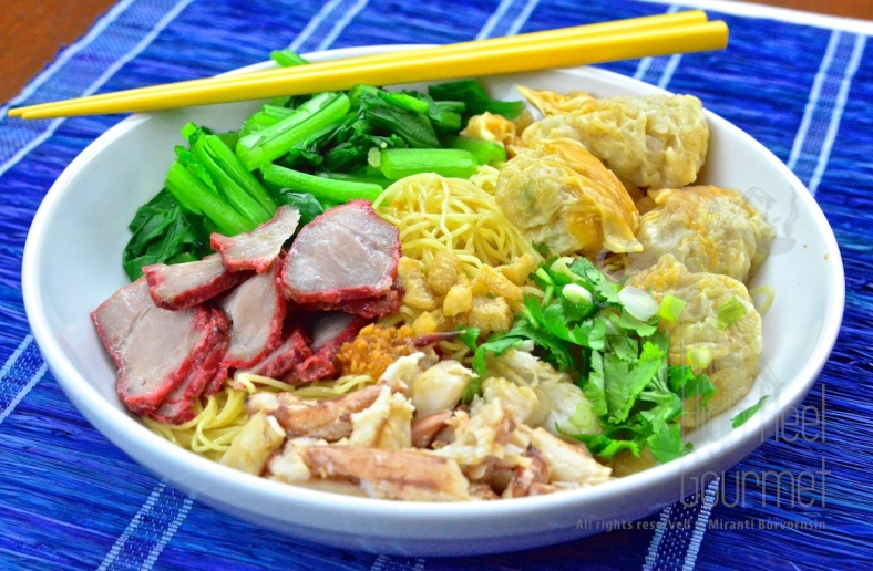 Egg Noodles with Wontons and Red Thai Barbecue Pork - Ba Mee Kiew Moo Dang by The High Heel Gourmet 2 (1)