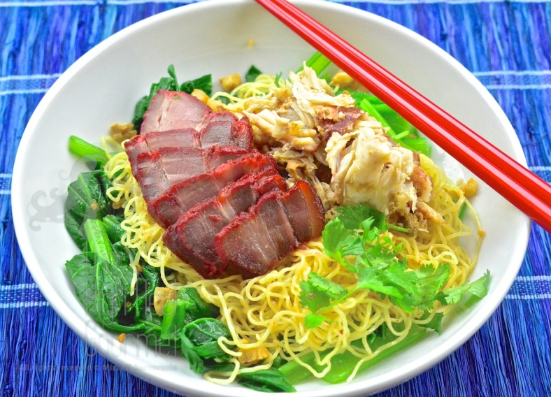 Egg Noodles with Wontons and Red Thai Barbecue Pork - Ba Mee Kiew Moo Dang by The High Heel Gourmet 4