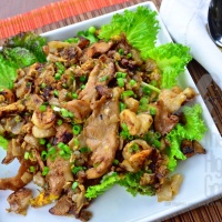 Rice Noodles Stir-fried with Chicken: Guay Tiew Kua Gai